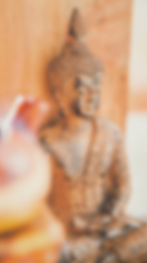 blurred image of buddha how to do meditation
